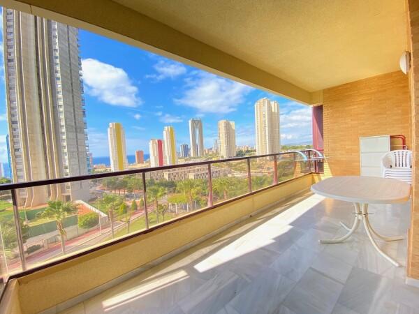 Alquiler Anual Luminoso Apartamento Con Vistas