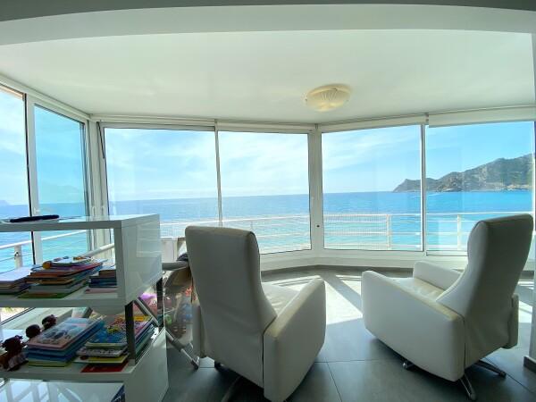 Amplio Apartamento Con Vistasal Mar