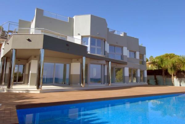 Amplia Villa  Con Preciosas Vistas Al Mar